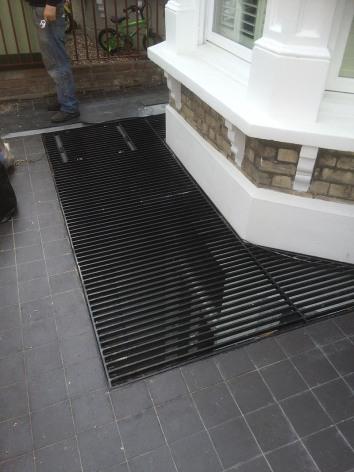 Floor_grill