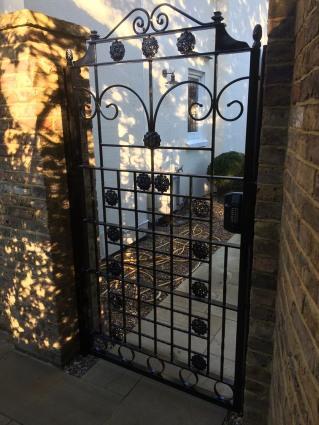 Iron_Gate